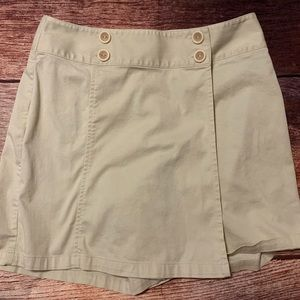 Talbots Stretch Khaki Skort Tan Size 8 - cute!